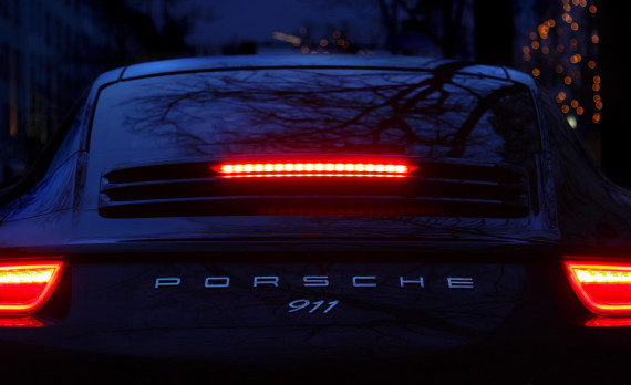 porsche 911, breaklights, night, canon