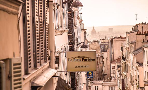 Montmartre, Paris, small street, overlooking paris, canon