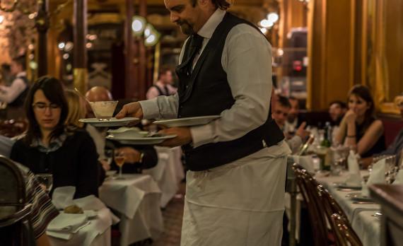 Paris, restaurant, Brasserie restaurant historique, waiter, food, canon