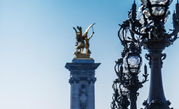 Ponte Alexandre III, Paris, bridge, hazy, latern, statue, gold, canon
