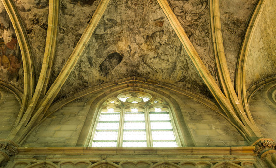 Maastricht, old church, ceiling , painted, Boekhandel Dominicanen, canon
