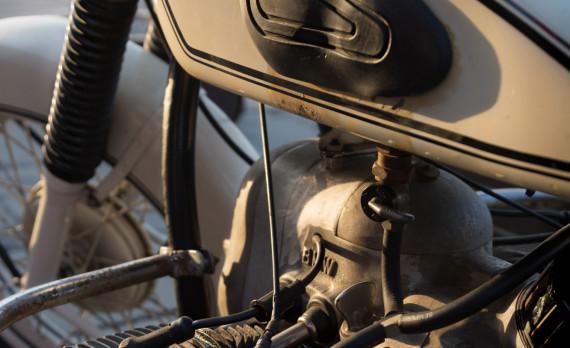 Bmw motorbike, old, classic, big block, canon