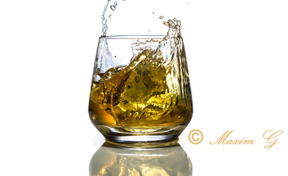 whiskey, glass, ice , splash, foodphotography, canon