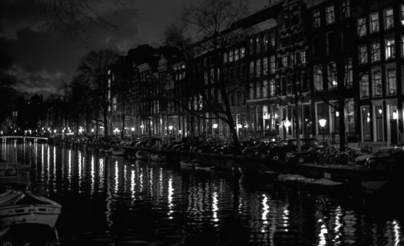 #Canals #nightphotography #canon #amsterdam #black_and_white