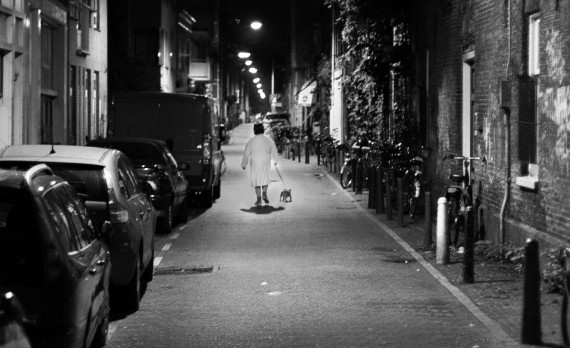 #jordaan #amsterdam #canon #black-and_white #woman #dog
