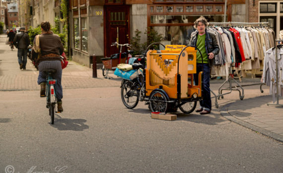 #Lindengracht #Jordaan #street_organ #canon