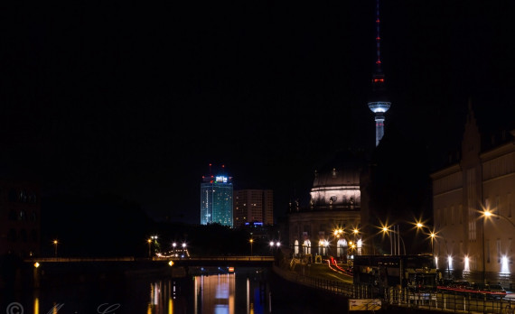 Sprowja, spree, river, tv tower, berlin, park inn hotel, alexanderplatz, nightphotography, canon