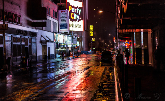 New york, nightshot, wet street, rain, citylights, canon