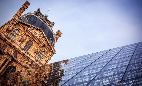 reflections of Le Louvre, Paris, museum, canon