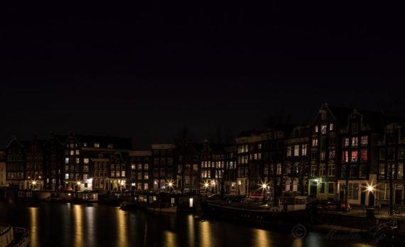 #longexposure #canals #canalhouses #amsterdam #streetlights #canon