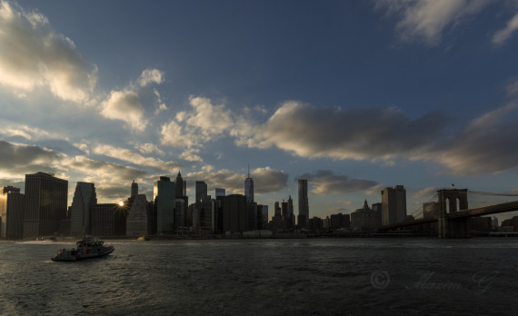 sunset in new york, manhattan skyline east river brooklynbridge, canon