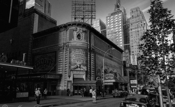 #newyork #booth #black_and-white #west_45th_street #canon #art