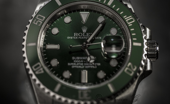 green rolex submariner oyster perpetual date, canon