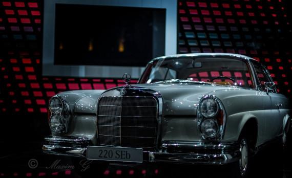 Mercedes, 220 seb, productphotography, canon, shining