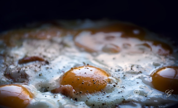 Fried eggs, canon, foodphotography, spiegelei, bacon