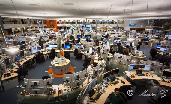 #Dealingroom #canon #bonds #stocks #currencies #trading #equities