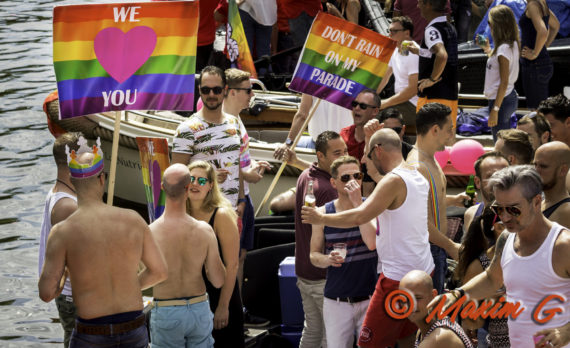 #gaypride #canalparade #party #amsterdam #canon #streetphotography