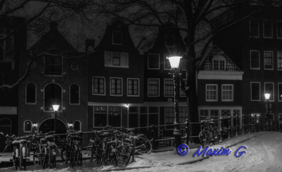 #amsterdam #jordaan #snow #bikes #canon #pictures_are _for_sale