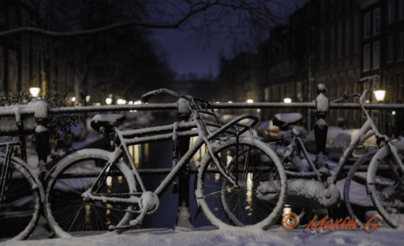 #amsterdam #canals #snow #bikes #canon #maximg_photography #jordaan