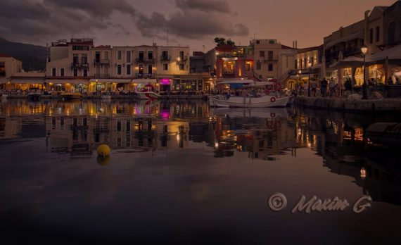 #sunset #oldharbour #canon #greece